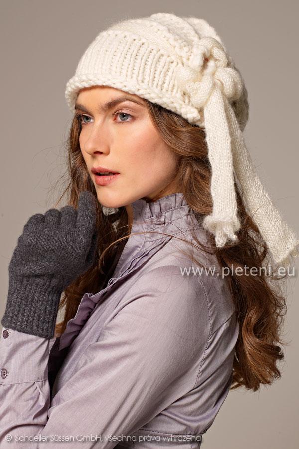 bb52aacaa49 dámská ručně pletená čepice z příze Softy a Kid Silk