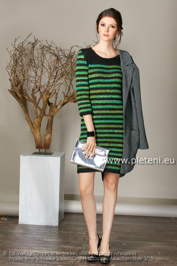 04f96f8137ee dámské ručně pletené šaty z příze Step a Step Classic