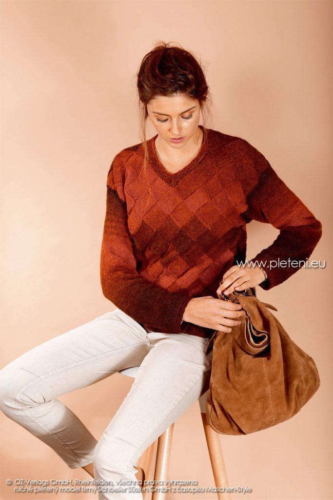 2017-2018 model 24 dámský pletený svetr z příze Ambra Color firmy Schoeller