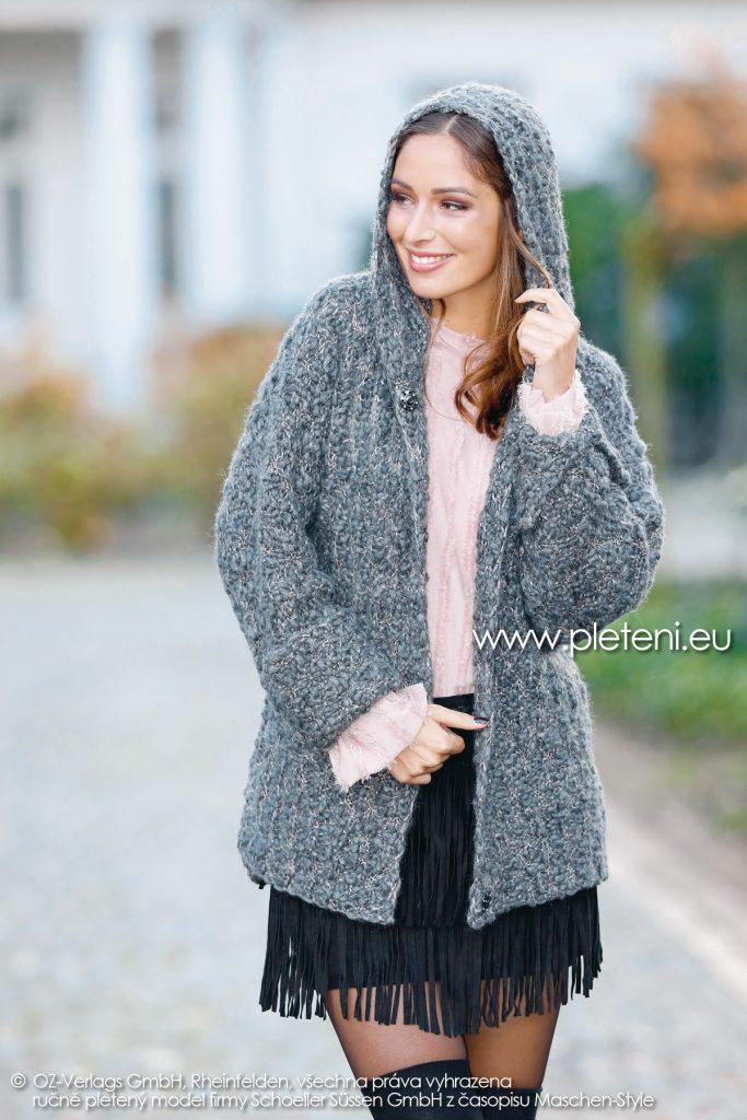 2018-Z-20 dámský pletený kabátek s kapucí z příze Big Flame firmy Schoeller