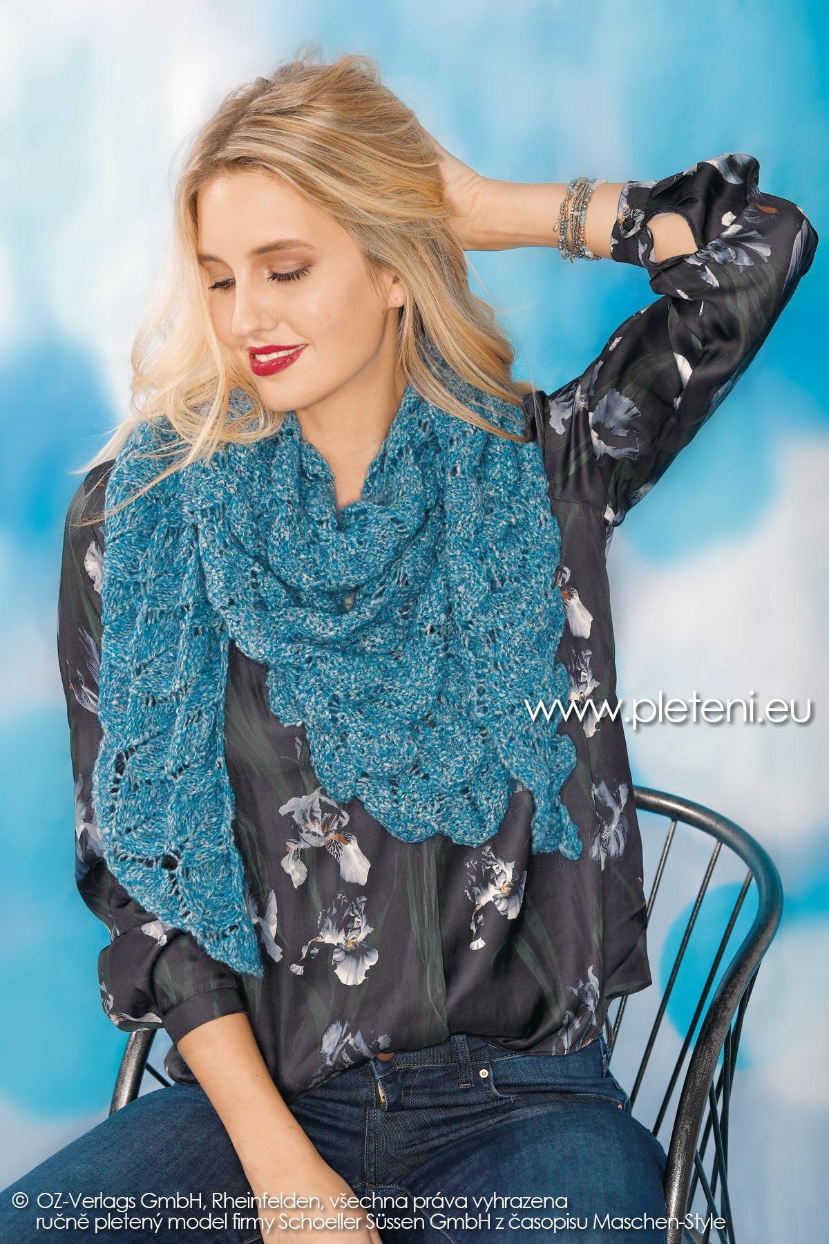 2018-Z-27 dámský pletený trojcípý šátek z příze Mohair Dream nebo Alpaca Star firmy Schoeller