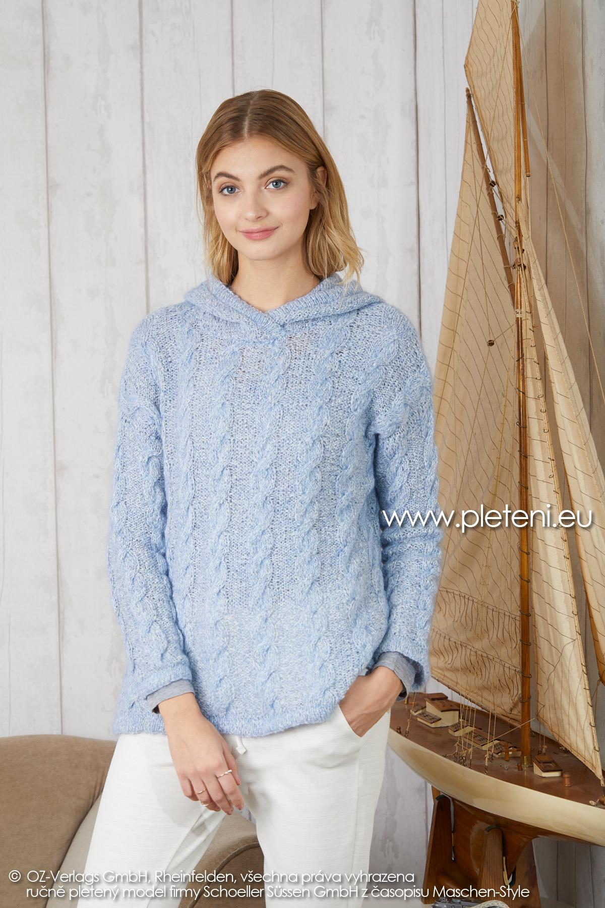 2019-Z-11 pletený dámský svetr s kapucí z příze Mohair Dream značky Austermann