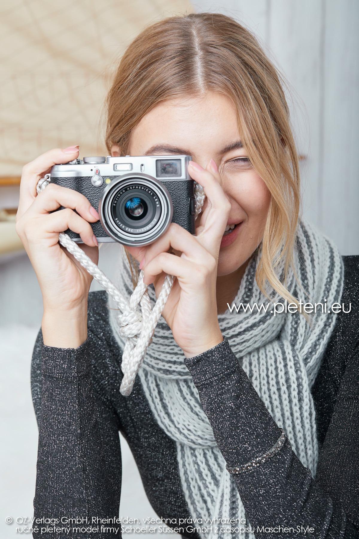 2019-Z-17 pletená dámská šála z příze Cashmere Pure značky Austermann