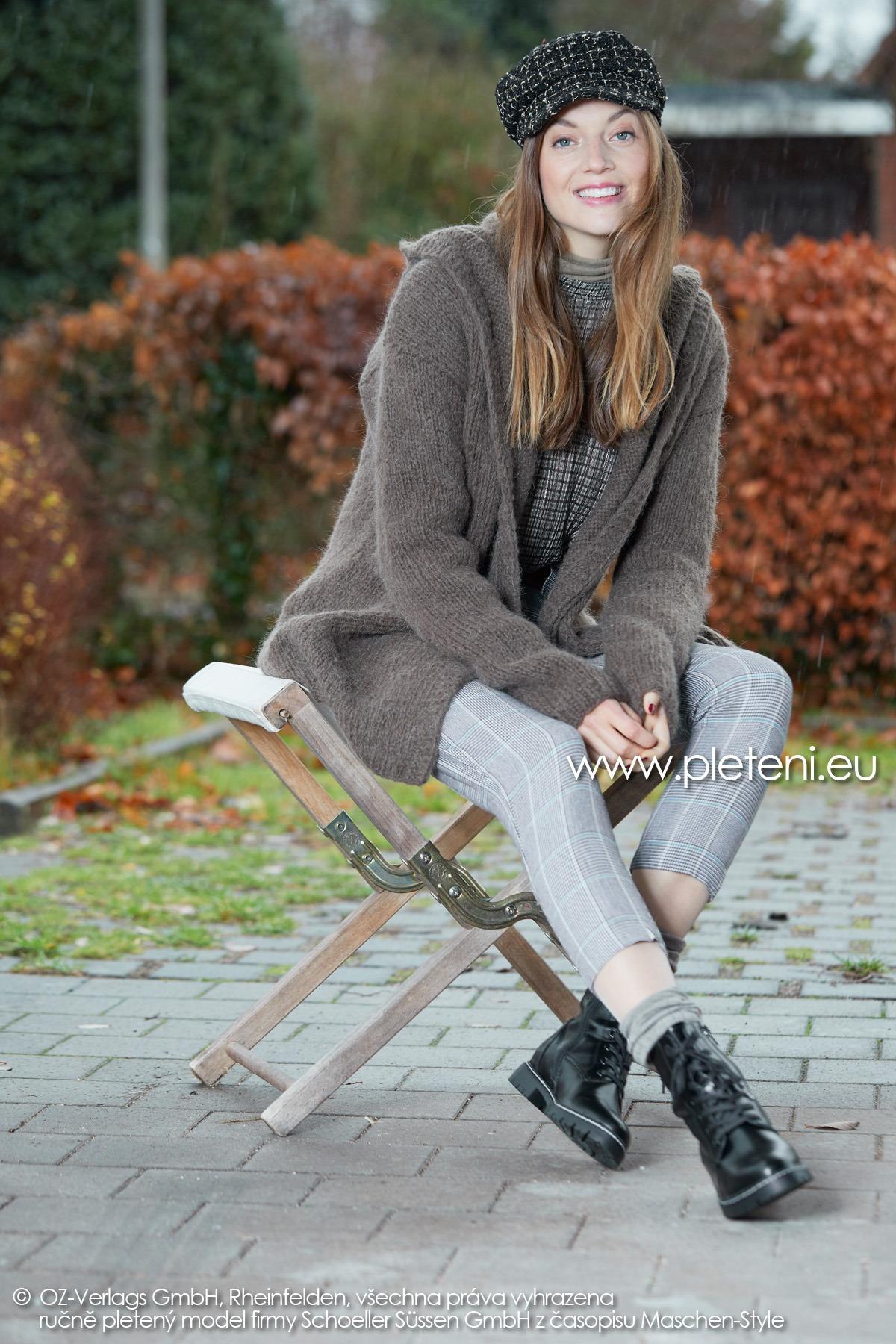 2019-Z-23 pletený dámský kabátek z příze Alpaca Fluffy značky Austermann