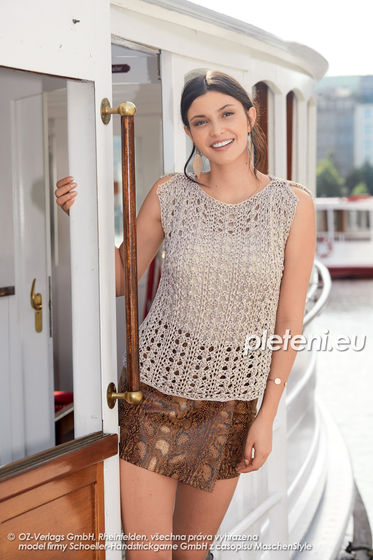 2020-L-07 pletený dámský top z příze Senada značky Austermann