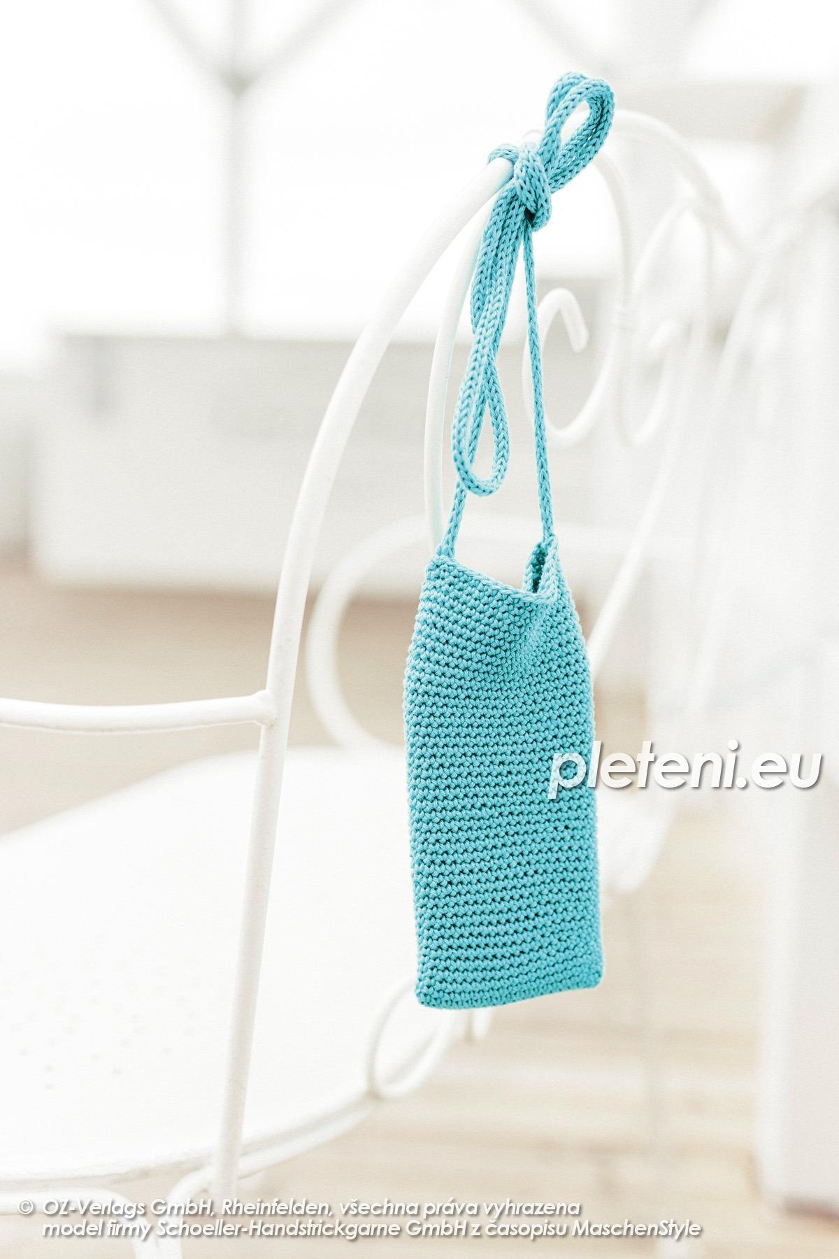 2020-L-45 háčkovaná taška na mobil z příze Limone značky Schoeller+Stahl